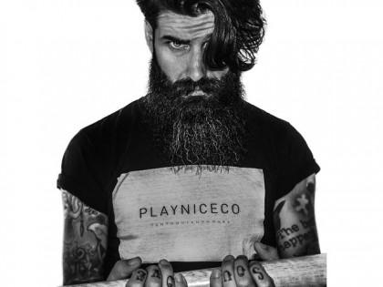 Auginame barzdą ir ūsus